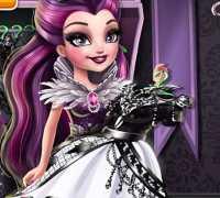 Kara Kraliçe Giydir Oyna